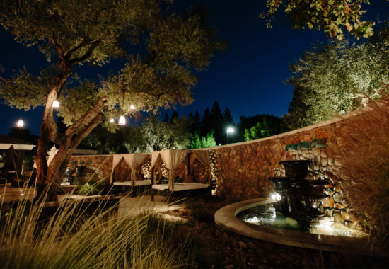 Hotel-Yountville-Courtyard